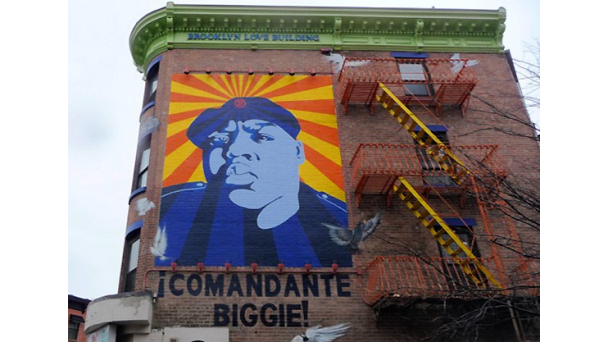 News biggie 39 s criminal past and weight keeps him from for Biggie smalls mural brooklyn