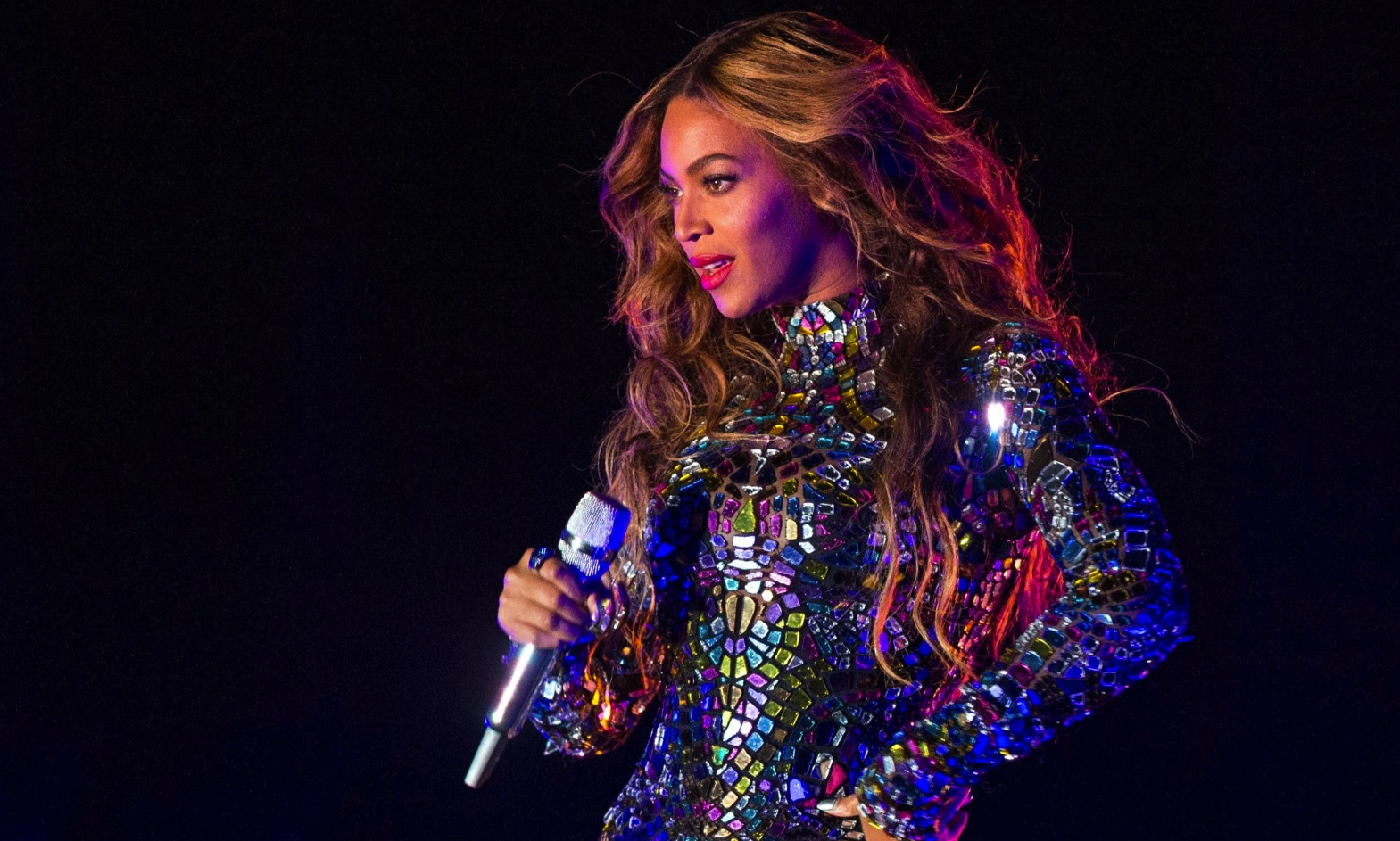 Watch Behind The Scenes Beyonce S 2014 Vma Performance