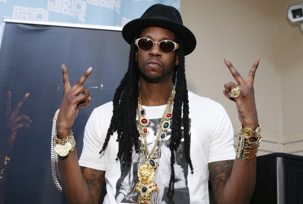 "2 Chainz Signs Copies Of ""Based On A T.R.U Story"""