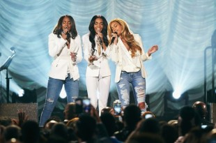Destiny-Child-Perfroms-At-Stellar-Awards-640x426